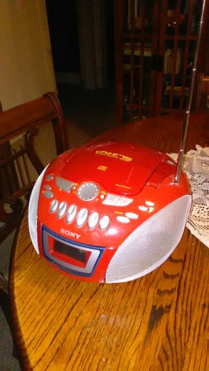 Battery operated CD/Cassette AM/FM Radio. for Sale in Barryton, MI