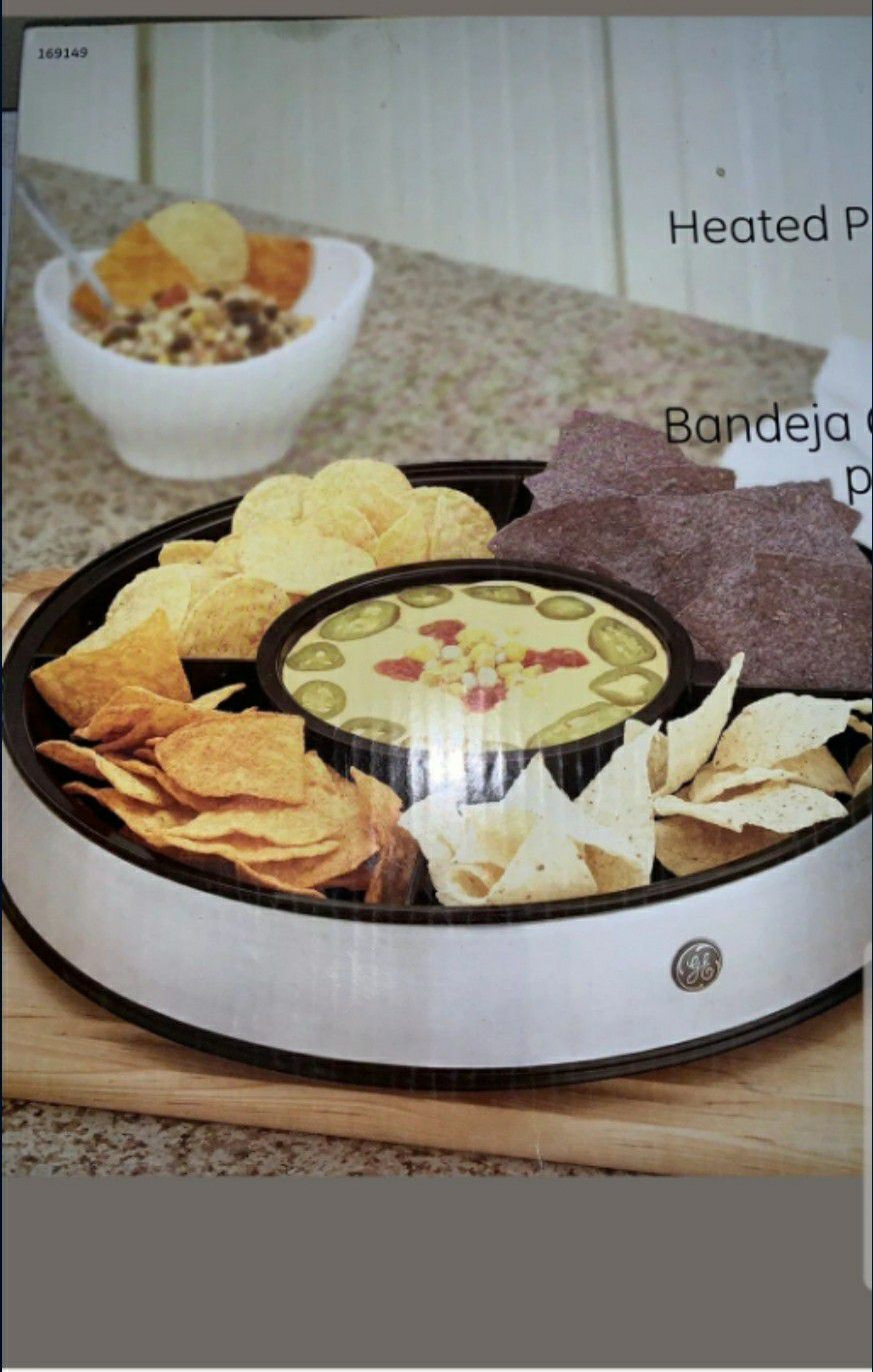 E Heated Party Platter Chip & Dip Server