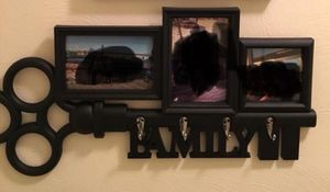 Picture frame and key holder for Sale in Chantilly, VA