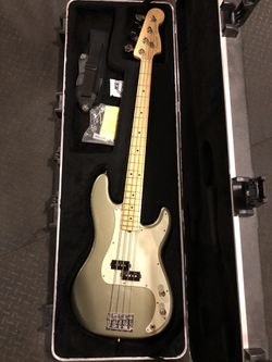 Fender American Professional Precision Bass Thumbnail