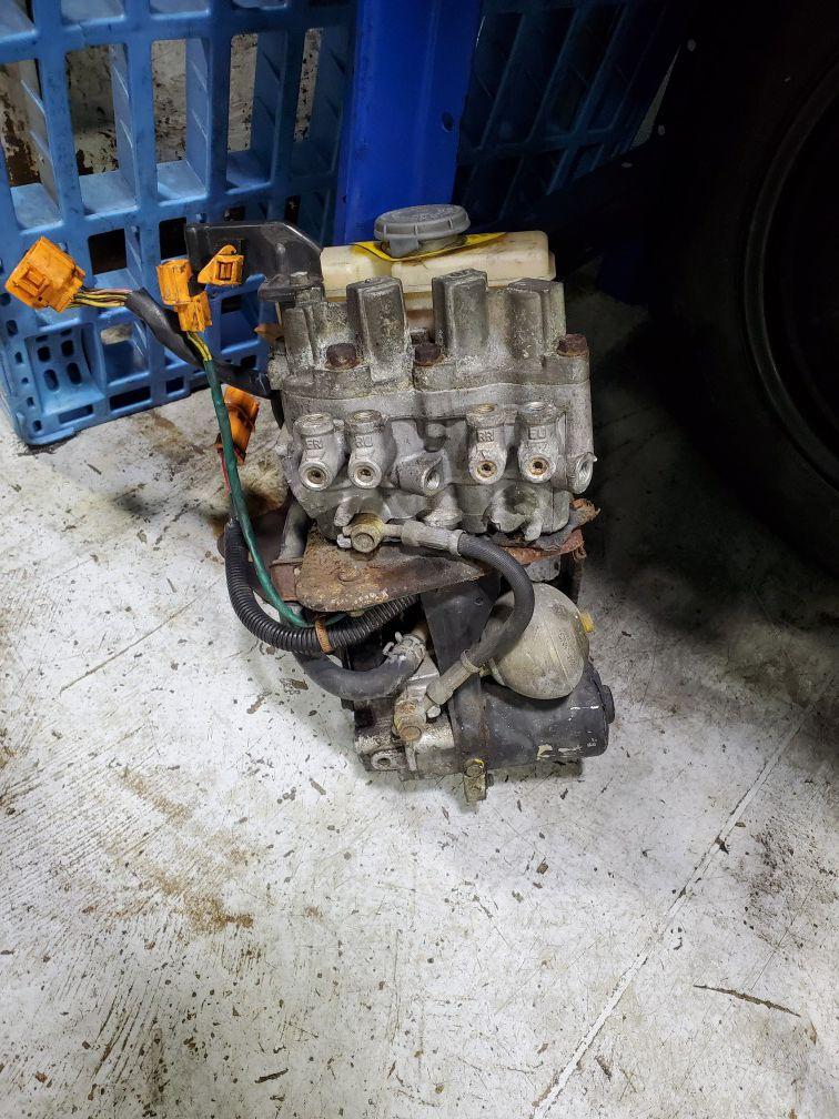 92-96 Honda Prelude ABS Module