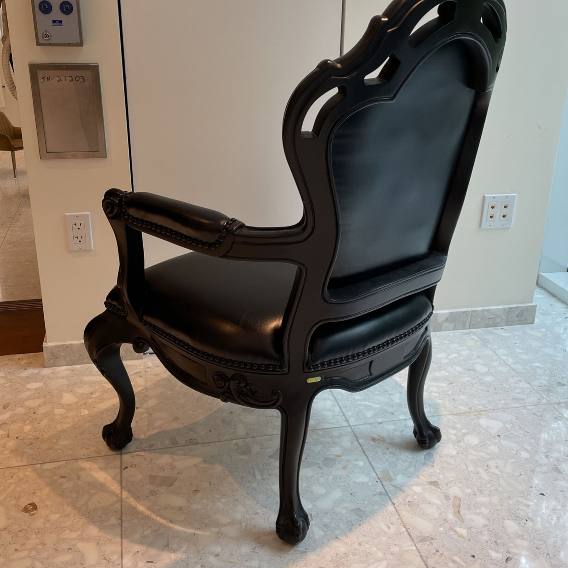 Set of 4  Chairs  In Black Wood  & Leather