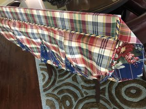 Tow pieces custom design valances for Sale in Haymarket, VA