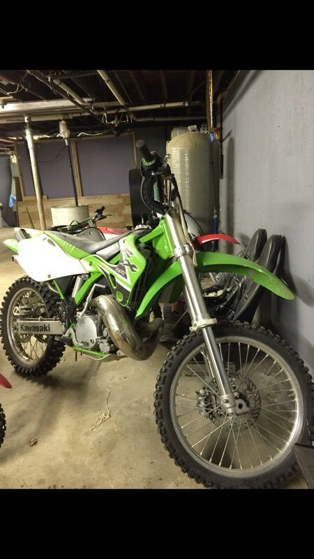 02 Kawasaki KX 250 2-stroke dirt bike for Sale in Salem, NH - OfferUp