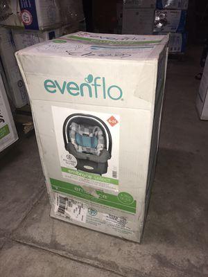 Photo New evenflo embrace infant car seat