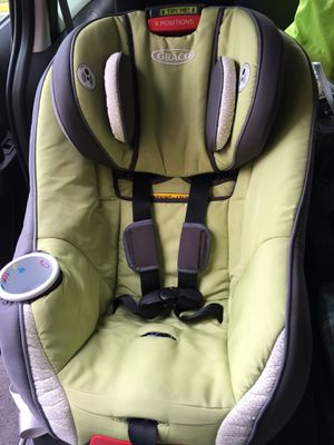 Graco size4me 65 convertible car seat for Sale in Fairfax, VA