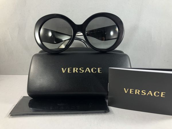47aca169fb BRAND NEW VERSACE SUNGLASSES FOR SALE (Jewelry   Accessories) in Miami
