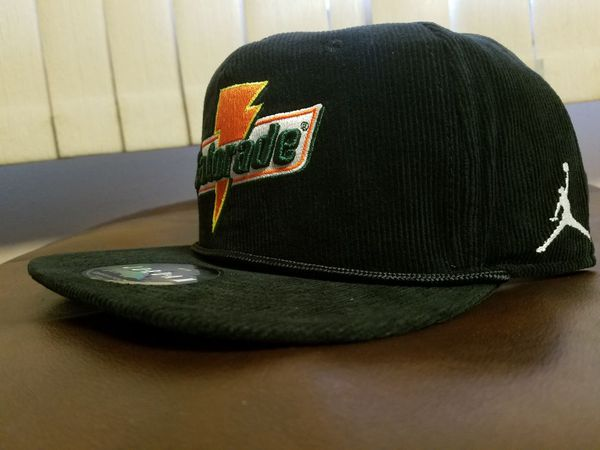 Gatorade x Jordan snapback black snapback hat (Adult) for Sale in Chicago 963e9f56079