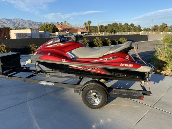 2010 yamaha waverunner , sho , low hours