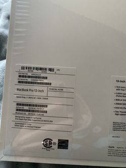 MacBook Pro Space Grey 256GB 13 Inch Thumbnail
