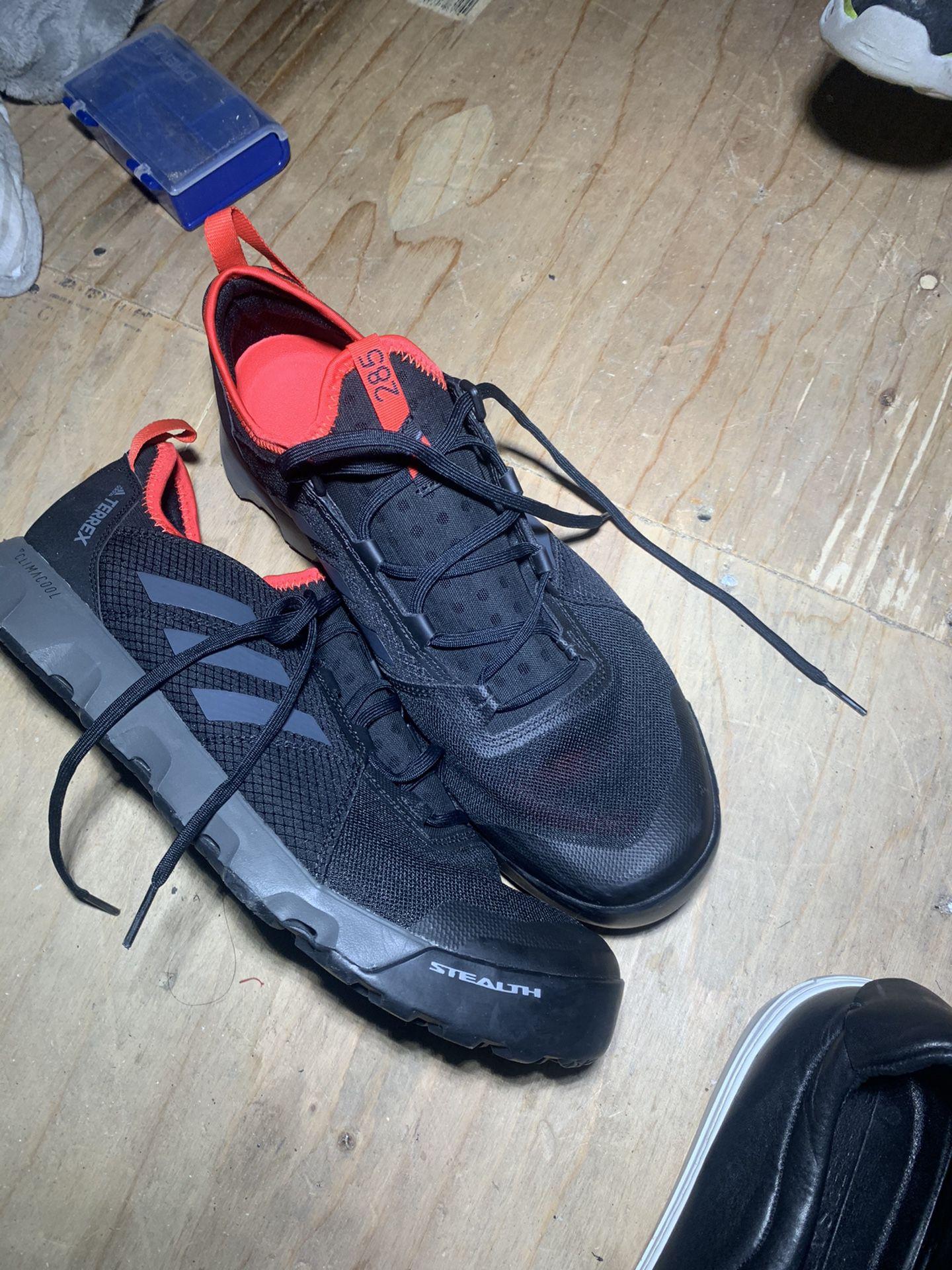 Adidas Stealth Size 10