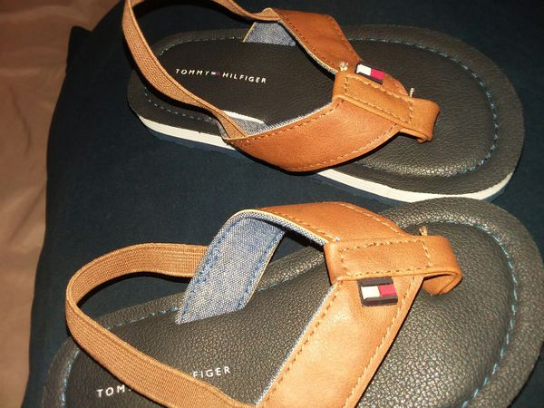 64ca5954d TOMMY HILFIGER toddler shoes for Sale in Tempe