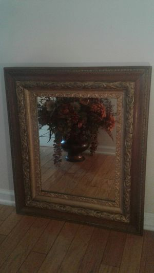 Gorgeous Antique Mirror for Sale in Greensboro, NC