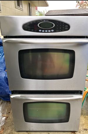 Maytag electric double wall oven for Sale in Rockville, MD
