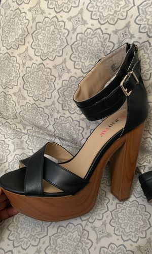 a84dd647490 New and Used Black heels for Sale in Carson, CA - OfferUp