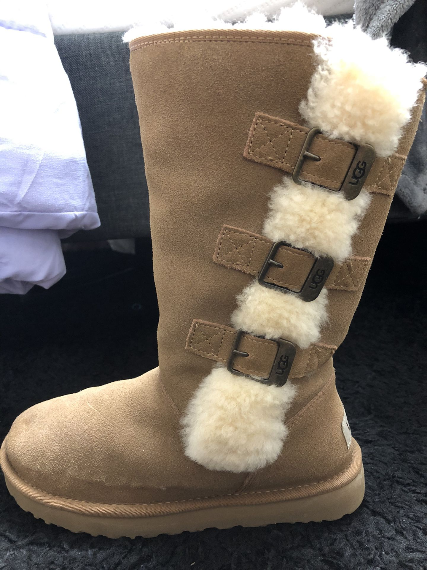NEW LOW PRICE***KLEA Ugg Boot- Tall