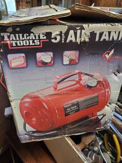 Tail gate tools Thumbnail