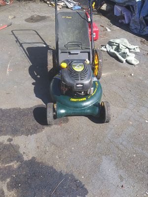 Photo Craftsman 21 in cut pushmower with bag and big wheels