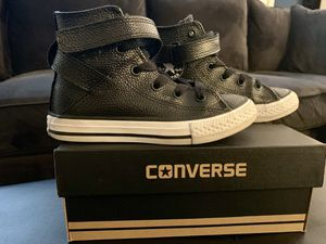 Kid's Converse (High Top Leather) size 12 for Sale in Rockville, MD