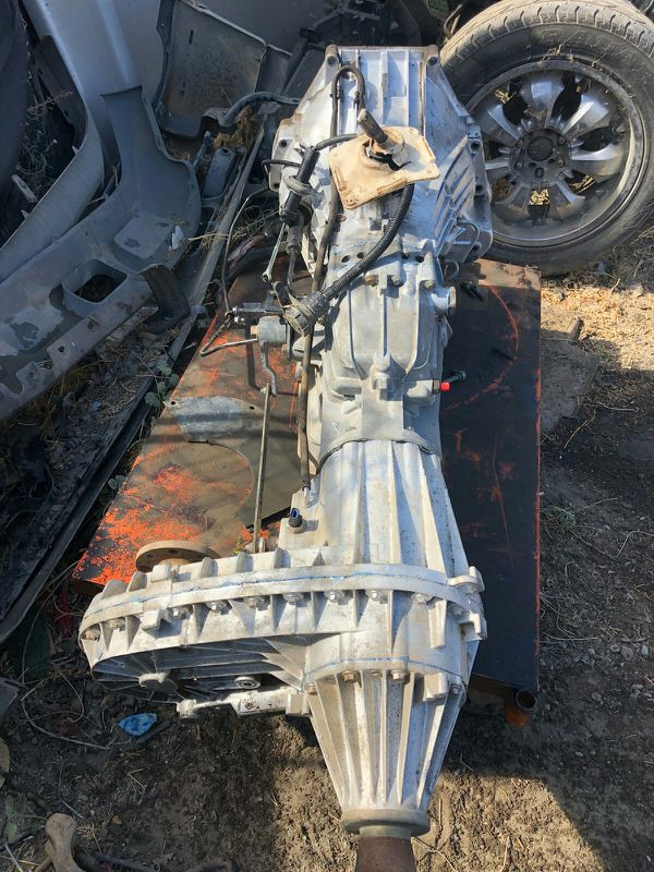 Ford 2000 zf 6 speed manual transmission for Sale in Los Banos, CA - OfferUp