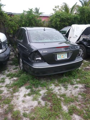Mercedes Benz E320 parts only for Sale in Miami, FL