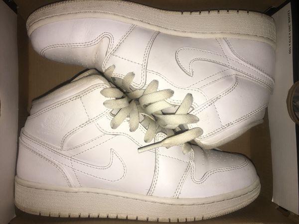 premium selection 07986 c5f08 Air Jordan All White 1s for Sale in Edmond, OK - OfferUp