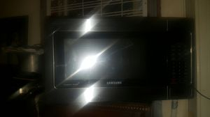 Samsung stainless steel 1.1 cu. Ft. 1000w microwave for Sale in Pittsburgh, PA