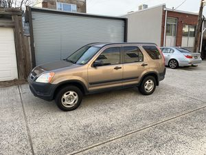 2004 Honda CR-V 4X4 looks great for Sale in Washington, DC