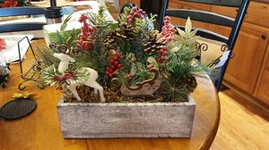Christmas centerpiece for Sale in OH, US
