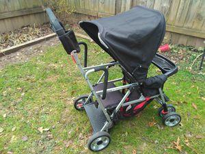 Joovy Caboose Ultralight double stroller for Sale in Oakton, VA