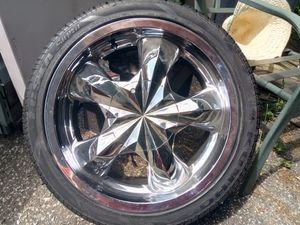 Set of four tires size 225/40zr18 88 w for Sale in Cleveland, OH