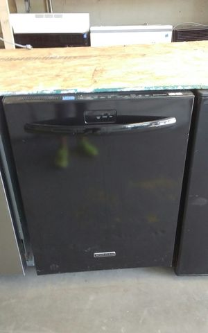 Black Kitchen Aid Dish Washer. for Sale in Tampa, FL