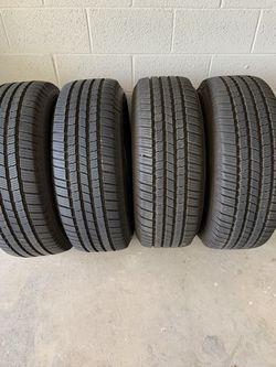 4 Michelin Defender LTX MS 265/65 R18 Thumbnail