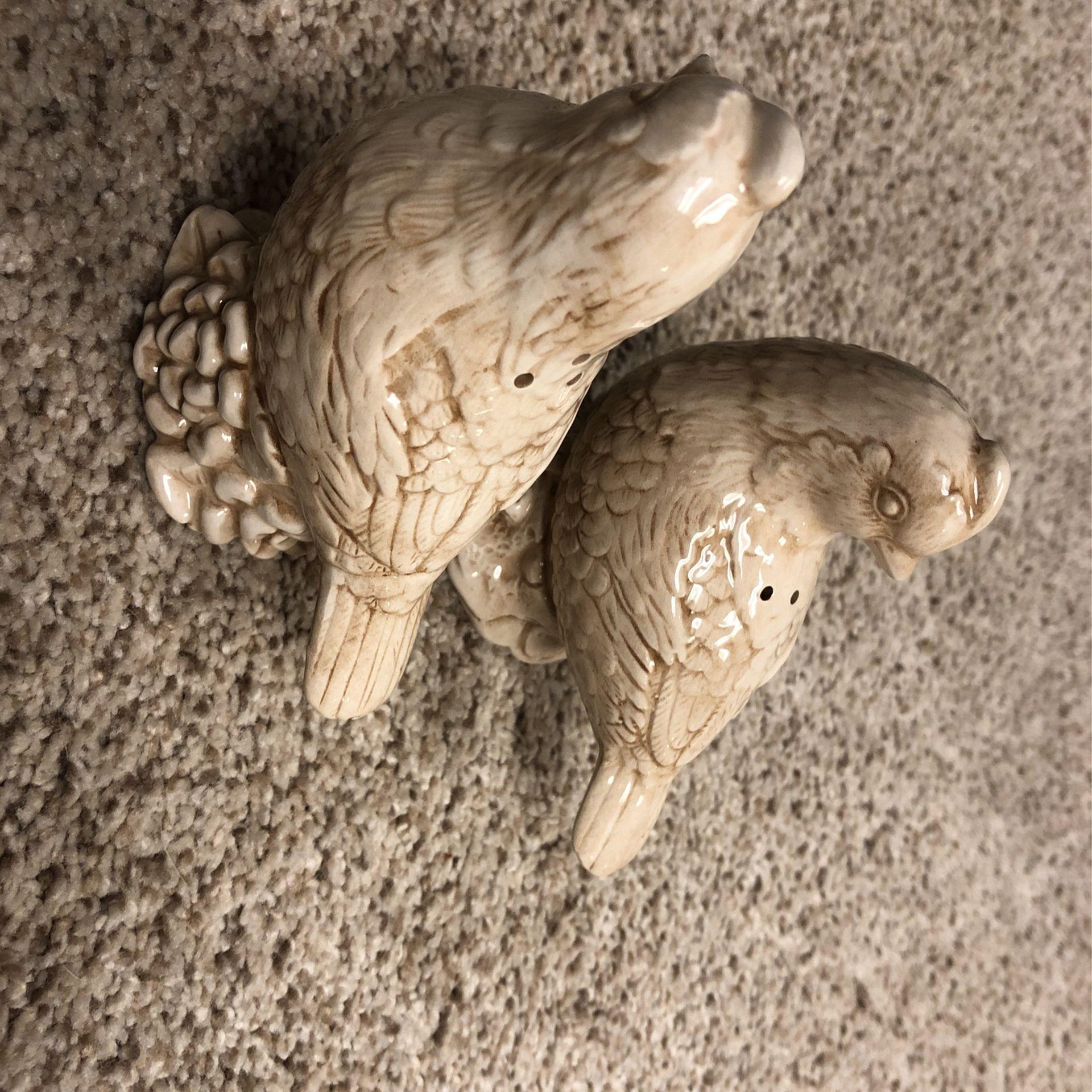 Quail bird ceramic pair salt and pepper shakers