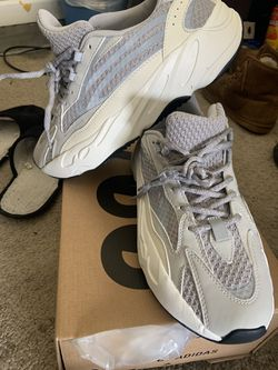 Yezzy 700 great deal buy now Thumbnail