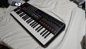 Akai MPK249 MIDI KEYBOARD for Sale in Fort Myers, FL
