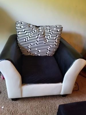 Sofa chair for Sale in Springfield, VA