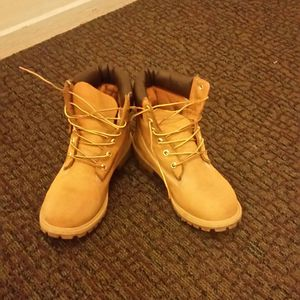 Timberland work boots excellent condition for Sale in Chicago, IL