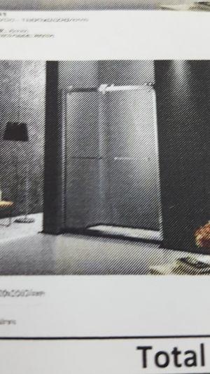 60 x 78 shower door for Sale in Orlando, FL