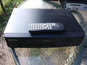 Quasar VCR with Remote Control for Sale in Washington, DC