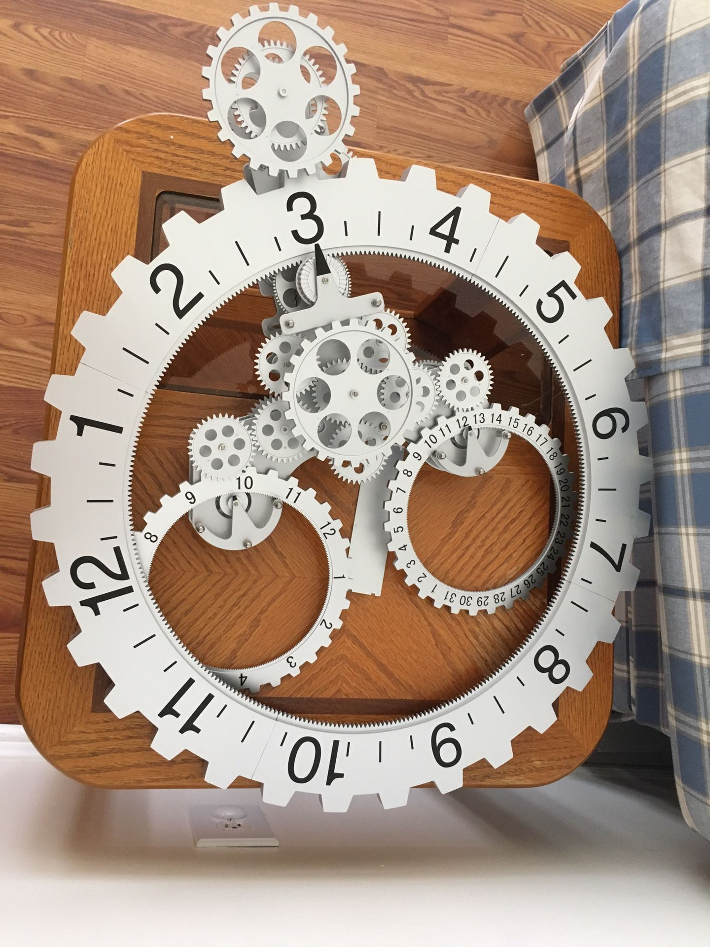 Engineering clock