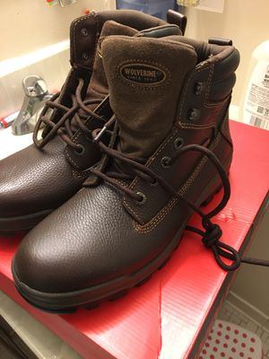 New wolverine waterproof size 9 1/2 for Sale in Silver Spring, MD
