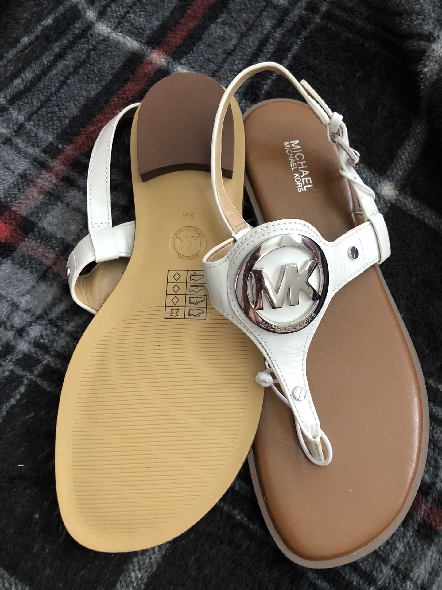 Michael Kors sandals — sz 8 — NWOT