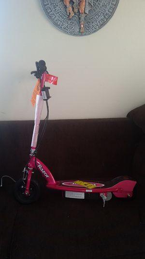 brand new pink 24v razor e175 escooter for Sale in Huntington Park, CA