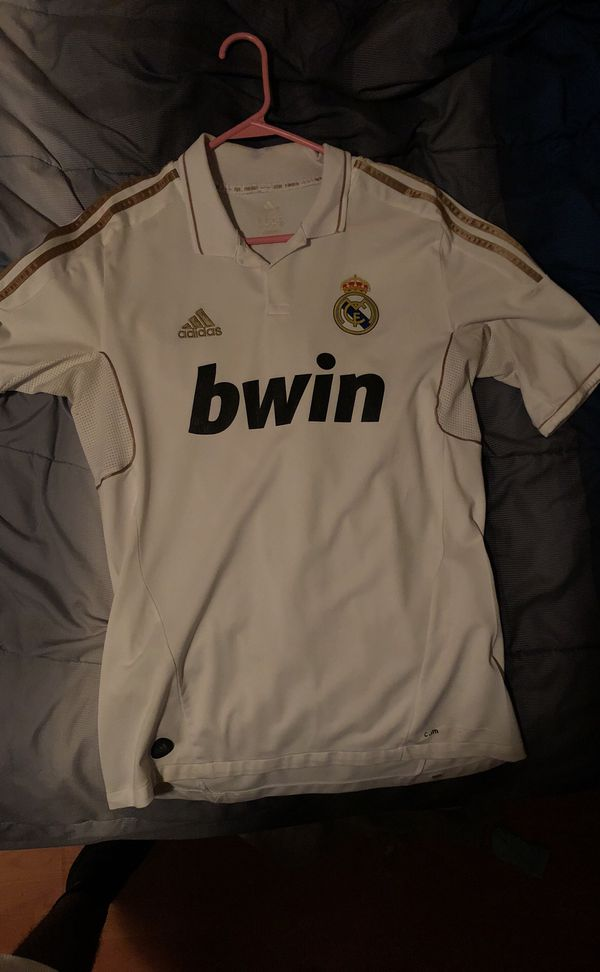 hot sale online b4b37 4ca0c Adidas CR7 Real Madrid Jersey for Sale in Atlanta, GA - OfferUp