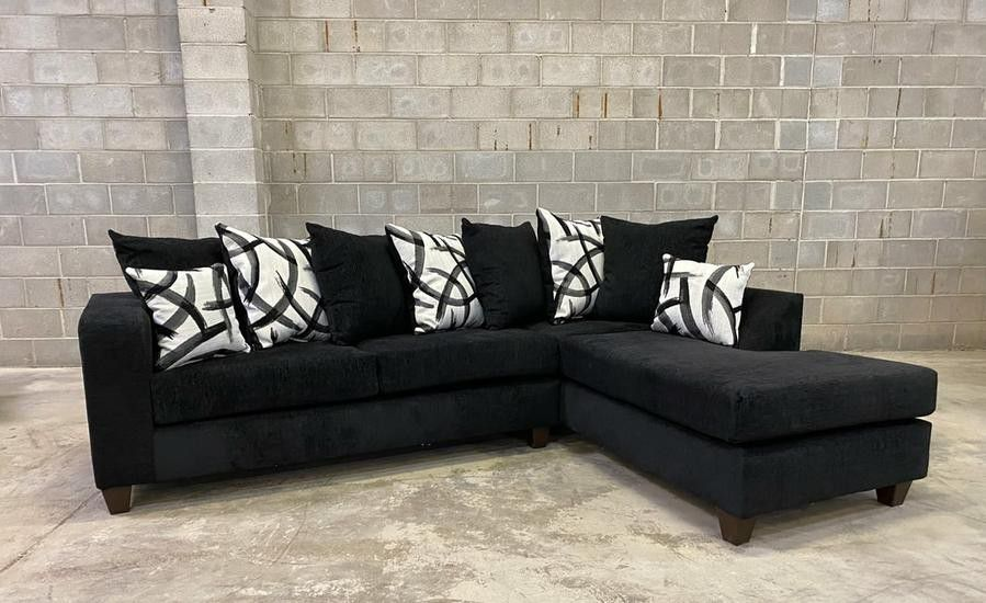 Dora Sectional Sofa Black.   🎀 🎀 SAME DAY DELIVERY 🚚🚚 🏠 😍Brand New 💰💰FINANCE AVAILABLE...