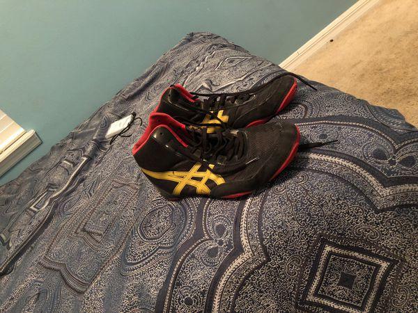 official photos 392ff c629c Jordan Burroughs wrestling shoes