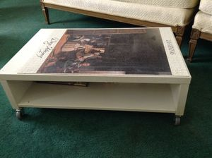 White game table on wheels for Sale in Lanham, MD