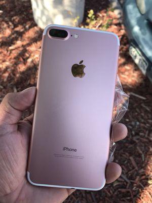 iPhone 7 Plus Unlocked Liberado Para Cualquier Compañía Incluye su Glass protector Y cargador Audífonos for Sale in Denver, CO