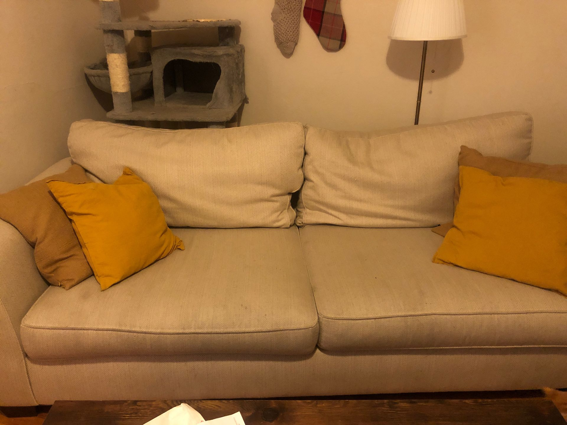 Couch/ arm chair